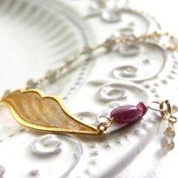 ルビー*天使の羽のブレスレット