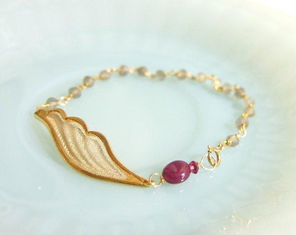 画像2: ルビー*天使の羽のブレスレット