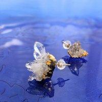 水晶クラスター アシンメトリーピアス トマスゴンサガ産